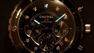 CHANEL J12 H2419の夜光